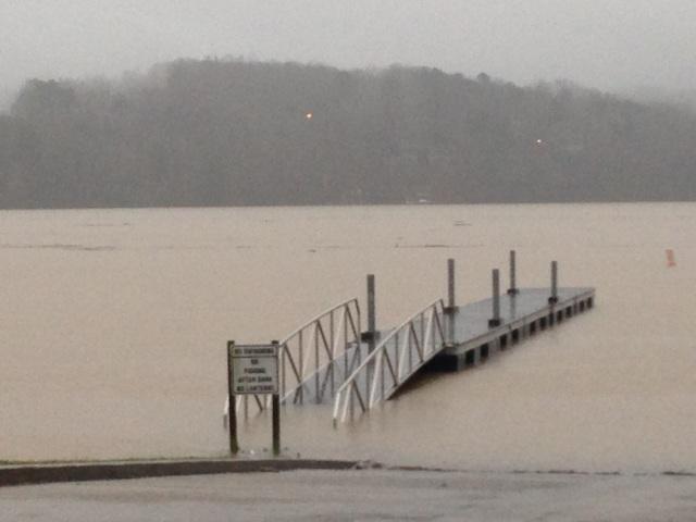 boat ramp Lanier Laurel Park 12-30-15
