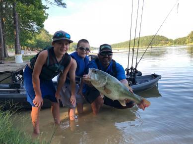 bass lmb 10lb class Clint M Rocky PFA June 2018